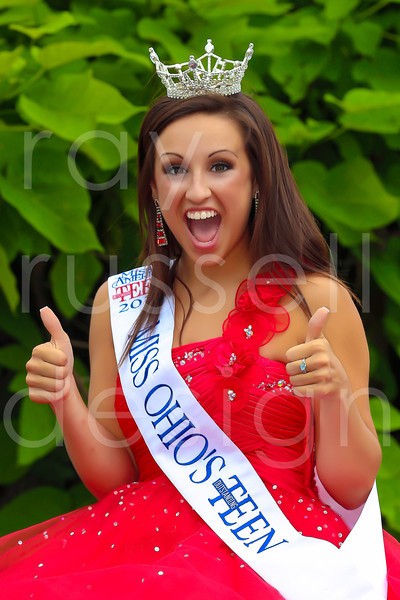 2012_Miss_Ohio_Parade_-_Photo_008