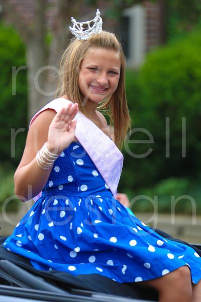 2012_Miss_Ohio_Parade_-_Photo_061