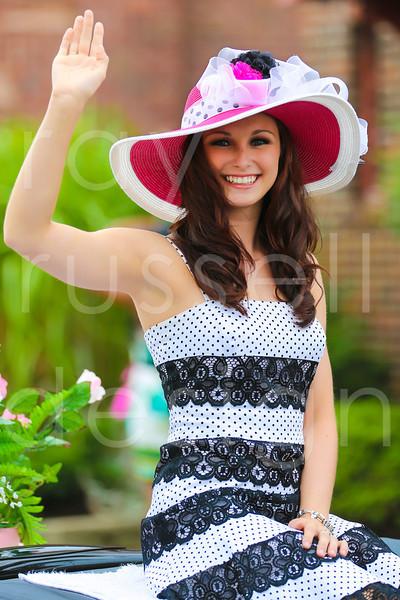 2012_Miss_Ohio_Parade_-_Photo_038
