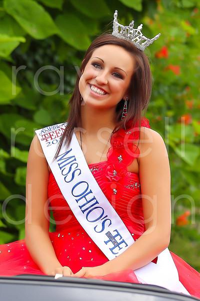 2012_Miss_Ohio_Parade_-_Photo_007