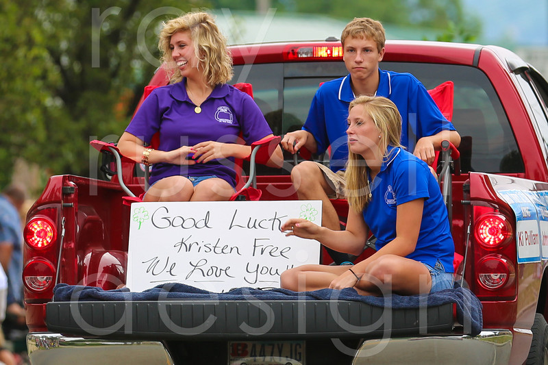 2012_Miss_Ohio_Parade_-_Photo_021