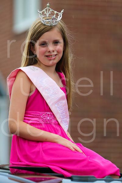 2012_Miss_Ohio_Parade_-_Photo_042