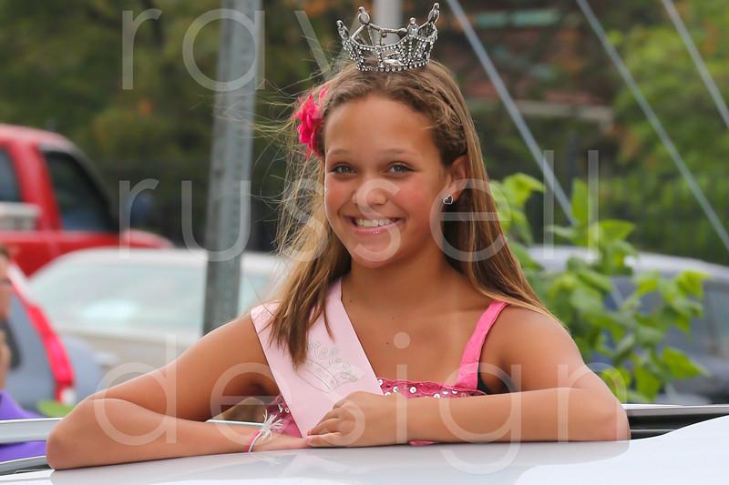 2012_Miss_Ohio_Parade_-_Photo_012