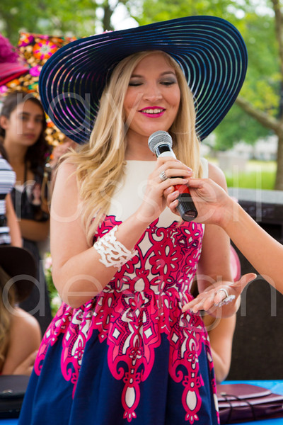 2012_Miss_Ohio_Parade_-_Photo_107