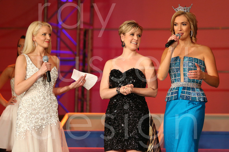 2012_Miss_Ohio_Style_Show_-_Photo_055