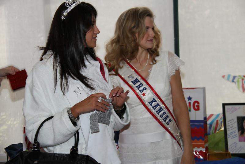 2013 Mrs Missouri America and Mrs Kansas America Pageant Awards Breakfast, Sunday, March 3, 2013<br /> Elizabeth Stephens (Mrs Kansas America 2013) and Bobbie Padgett (Mrs Kansas America 2012)