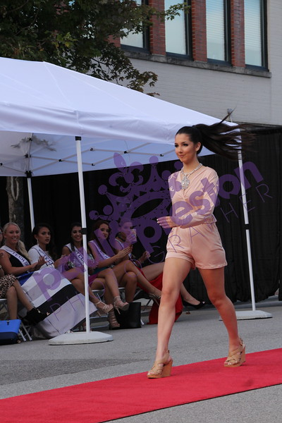 06 Fashion Show Street Party