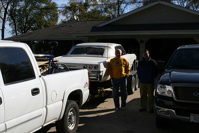 The cars all loaded up and we're ready to head south.