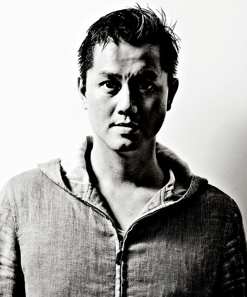<p>Award-winning photographer Kah Leong Poon moved to New York in 1995 for internships with Joyce Tenneson and Annie Leibovitz. Kah was hired by Tenneson, working with her for 3 years before branching out on his own. He has done work for advertising agencies, magazines, theatre and fashion designers, and has quickly compiled an impressive client list that includes VH1, London Fog, Ernst and young, Polaroid, Fuji Film, J. McLaughlin, Zink, Zoom, Psychology Today, West East, Essence and The New York Times.</p>  <p>Graphis has selected Kah as one of the top 100 photographers of 2012.  Additionally, Kah has received awards from Polariod, Communication Arts, International Photography Awards (IPA), 10 Best 10, Fuji Film, Hasselblad and Adobe.</p>  <p>A native of Singapore, Kah received a BFA in graphic design and photography from Brigham Young University. A man of diverse talents, Kah represented BYU in NCAA 1st division swimming, and performed nationally and internationally with its acclaimed Ballroom Dance Company.</p>