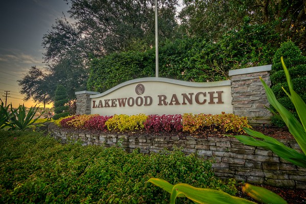 SMR Lakewood Ranch Monuments