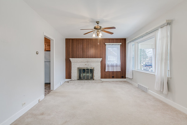 10911 Lincoln Ave-2443