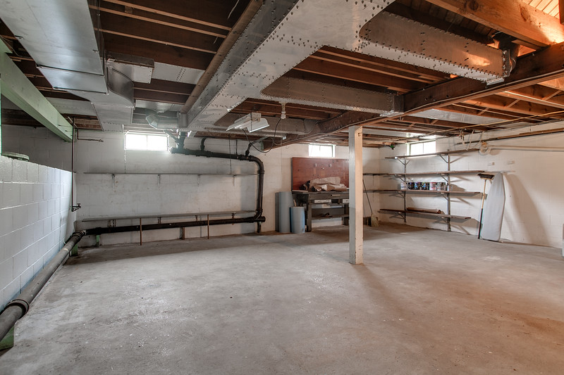 10911 Lincoln Ave-2446