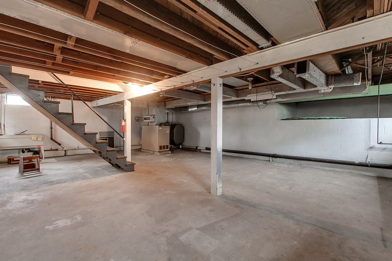 10911 Lincoln Ave-2445