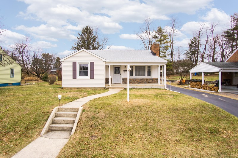 10911 Lincoln Ave-2424