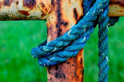 Blue_Rope_Rusted_Gate_1_KKD8804