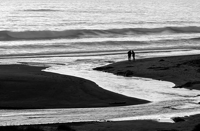 Beachgoers in Black & White