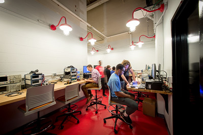 Research lab spaces in Bonner Hall  Photo by The Onion Studio (Dylan)