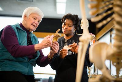 Joyce Sirani teaching a comparative anatomy lesson  Photographer: Douglas Levere