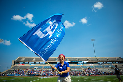 New student welcome, including the Human UB tradition, at the UB Stadium during Welcome Weekend.  Photographer: Douglas Levere