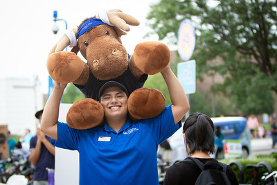 Campus Fest, a large scale involvement fair, part of Welcome Weekend, held near the Student Union on North Campus.  Photographer: Meredith Forrest Kulwicki