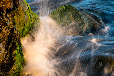 Rocks_Moss_Surf_2_DAK0304
