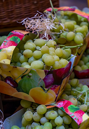 Juicy Grapes