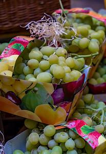 Juicy Grapes