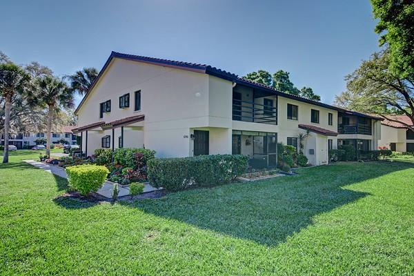 5745 Gardens Dr, Sarasota, FL 34243, USA
