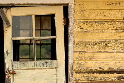 Weathered Wood, Peeling Paint & 'Off Limits'!
