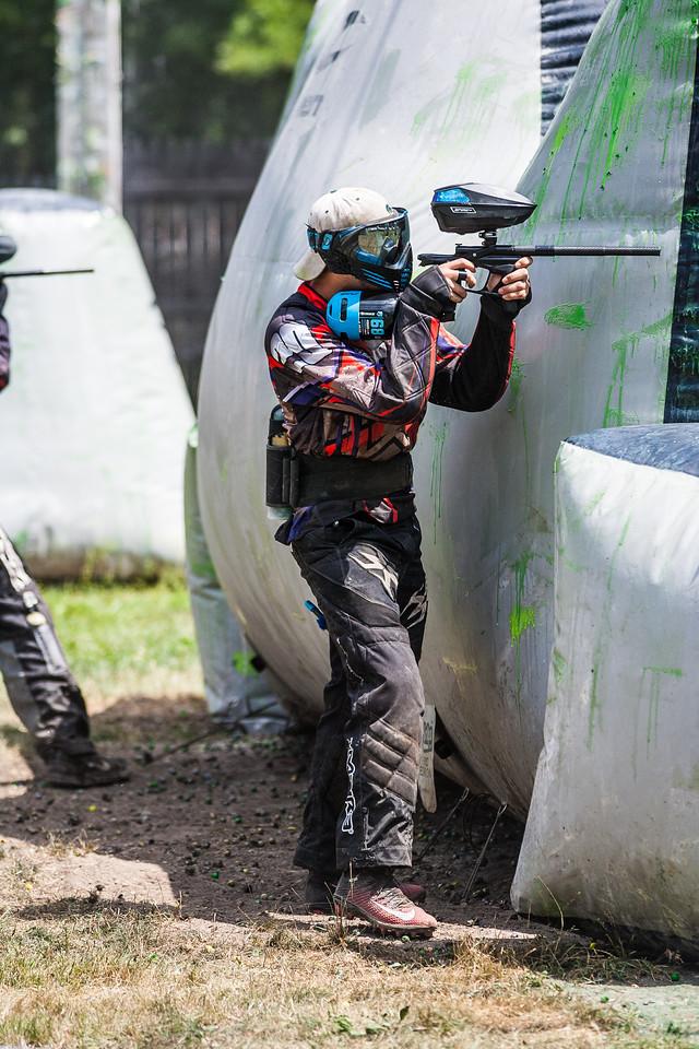 Hired guns-1352