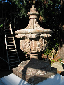 Stripped finial at Casebolt Mansion.
