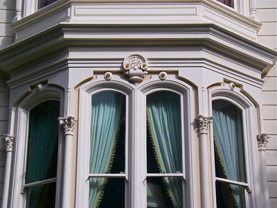 Detail of 1772 Vallejo Street. This photo was taken in 2010 - after the job was 7 years old!