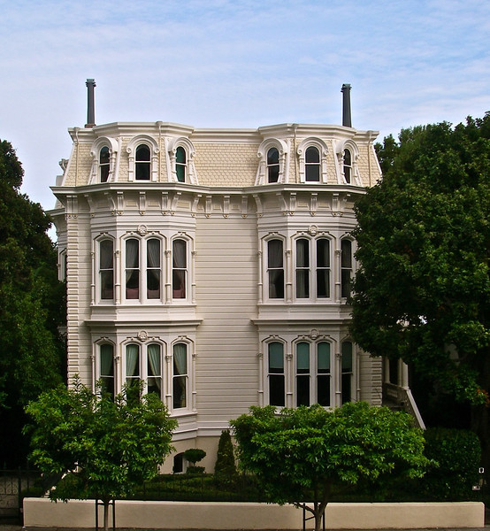 Restored residence at 1772 Vallejo Street. Restored in 2003. The current job is now 10 years old - check it out. Southern exposure. Very impressive....