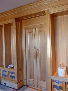 Pacific Avenue Residence, pecan Library panelling, application of varnish after staining.