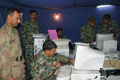 Soldiers in the Operations tent.