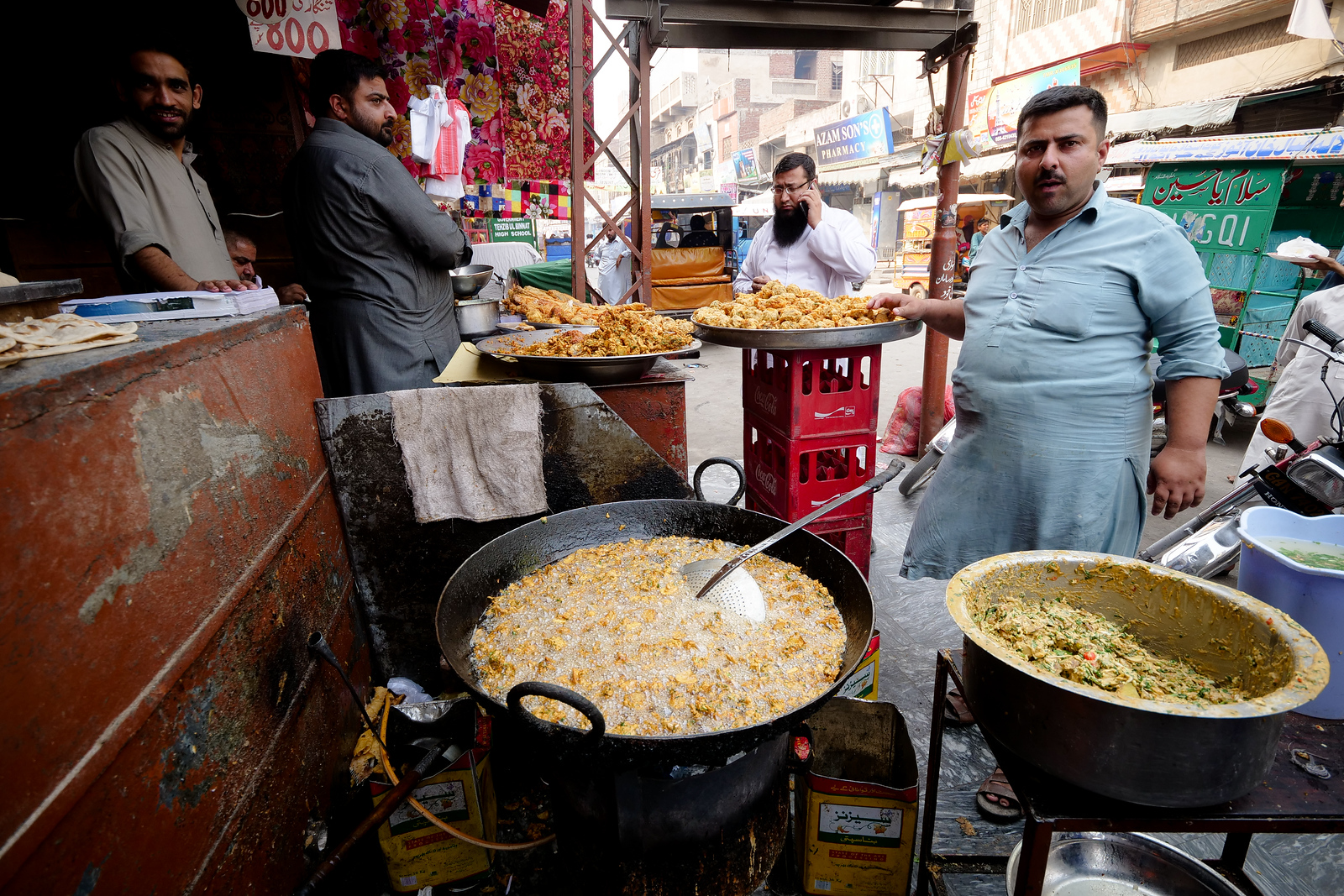 Fried Pakora in Gujranwala
