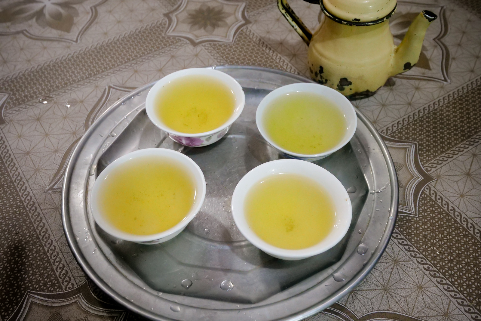 Peshawari green tea