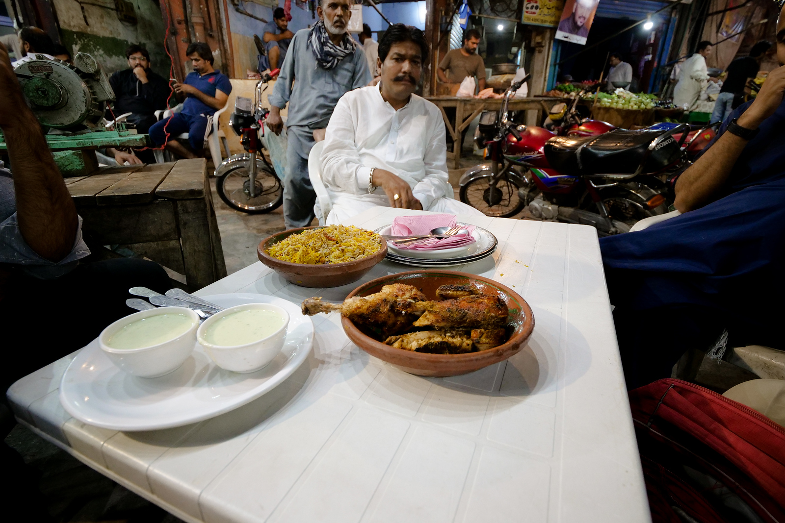 Chicken Sajji in Lahore