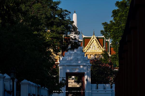 TBorom Ratchasathit Mahoran Throne Hall and the Dheva Pithak Gate, Grand Palace