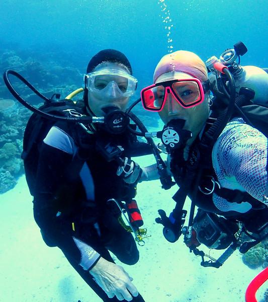 Underwater dive buddy selfies!