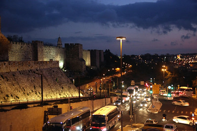 al-quds at night 1