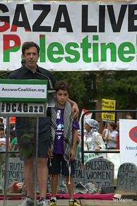 Jewish American speaking up in support of Palestinians.