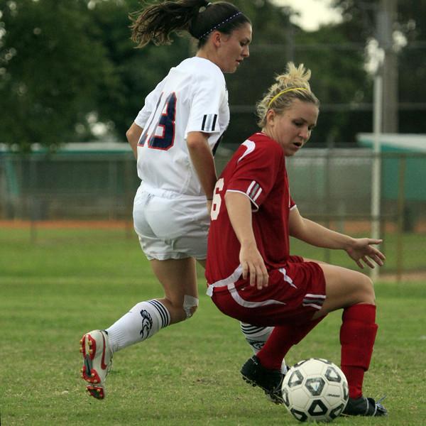PBA W Soccer vs FSC 2007Oct20 - (911)sq
