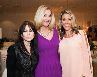 Leslie Jacobs, Dee Wade, Dina Turner
