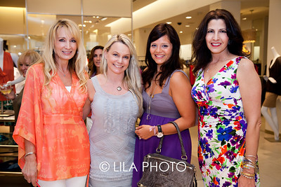 Denise Nieman, Tracy Badge, Carina Donoso, Susan Soares of Alex and Ani