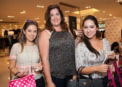 Jennifer Marin, Elizabeth Sabogal, Andrea Zuluaga