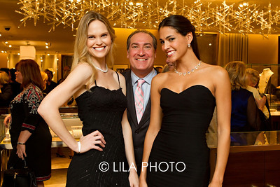 Models: Kristin and Sabrina with Hank Siegel