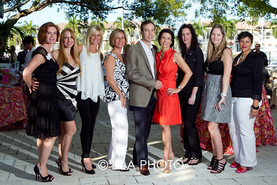 Dr. Brian & Dr. Andrea Hass and staff