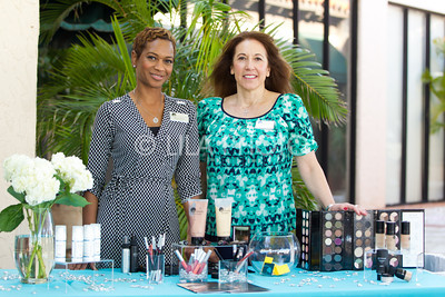 Nikiis Doherty, Mary Butler with Glo Professional