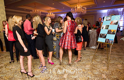 Overview of crowd at Ritz-Carlton Palm Beach Illustrated party